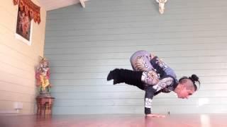 intermediate yoga handstand transition