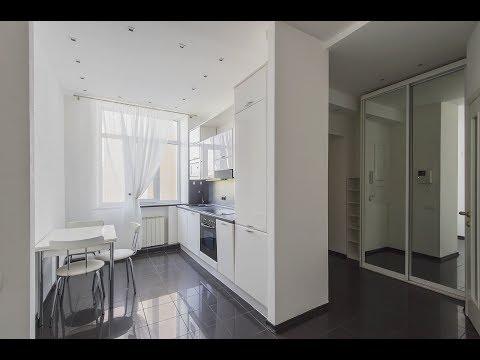 Квартира без мебели в дореволюционном особняке