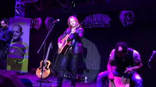 "Craig Wayne Boyd performs ""Learning to Dance"" at St. Jude Benefit Concert in Spokane"