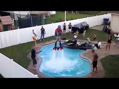Jet pack water in a pool ( Flyboard dans une piscine ) HD