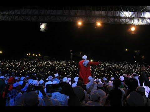 Subhanallah Indahnya Gemerlap Lampu di Milad Majelis syababul Kheir ke 8
