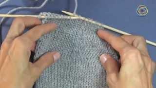 Tutorial zu den Grundtechniken des Strickens: Abnehmen von Maschen
