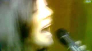 voltes sta asteria+sinenteuksh-Ivi Adamou(Καλή σας μέρα 7-12-2011)