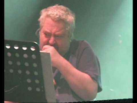 Daniel Johnston: Keep Punching Joe (Vicar St., Dublin, Ireland, 3rd April 2010)