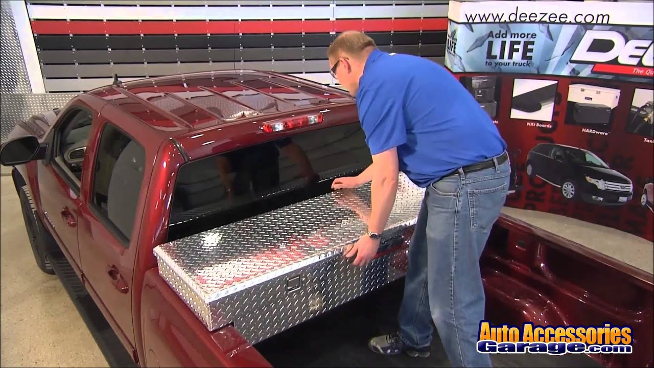 Dee zee low profile single lid crossover truck toolbox