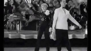 Maurice Chevalier & Sim Viva - Les Chapeaux de paille ( Folies-Bergère) - 1935