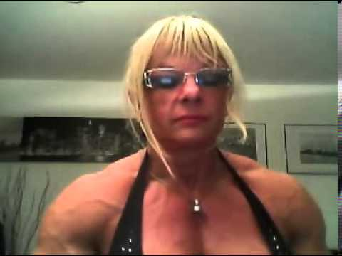 Muscle girl chat
