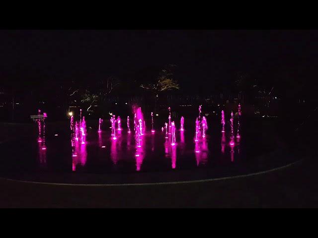 Sàn nhạc  nước hồ tròn tại Lavilla - Trần Anh