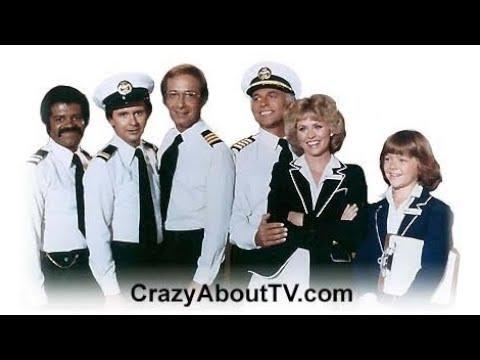 foto de The Love Boat' Cast Reunites And Gets A Big Surprise About Walk Of ...