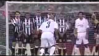 Футбол Лучший вратарь мира Gianluigi Buffon Top 10