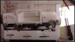 Как снять и собрать пластиковый корпус швейной машинки brother star-60.Видео №97(Где стоят замки на пластиковых крышках, как их открыть и как добраться к регулировкам.Всё это Вы увидите..., 2015-08-25T15:01:50.000Z)