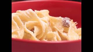 Простой рецепт фетучини с курицей и грибами