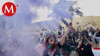 Sigue la marcha feminista en CdMx