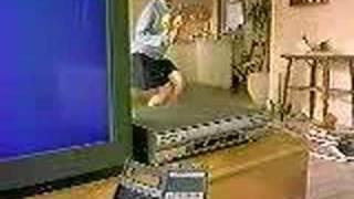 1990年、日立VHSビデオデッキ GビデオのCM 出演 松雪泰子.