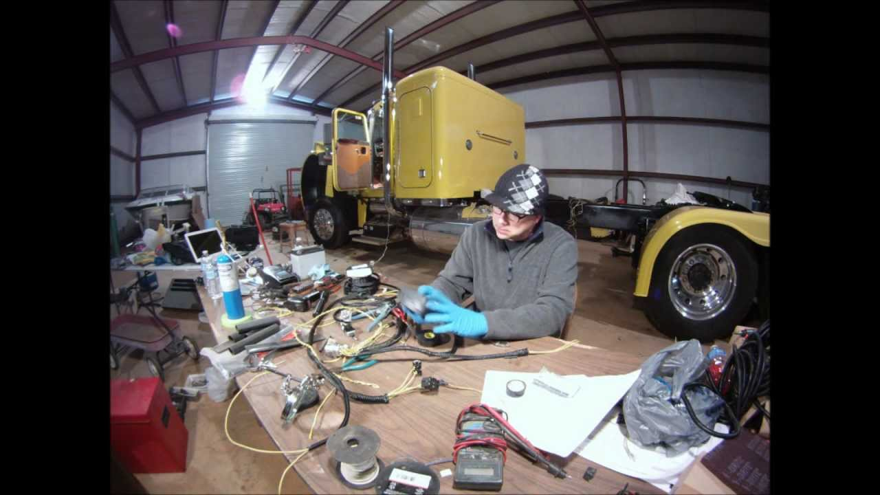 custom peterbilt ho359 caterpillar engine wiring harness build and rh youtube com peterbilt headlight wiring harness peterbuilt wiring harnesses