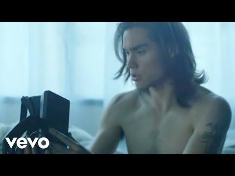 Tiësto, KSHMR - Secrets  ft. Vassy