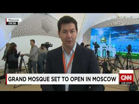 Europe's largest, Grand mosque opens in Moscow