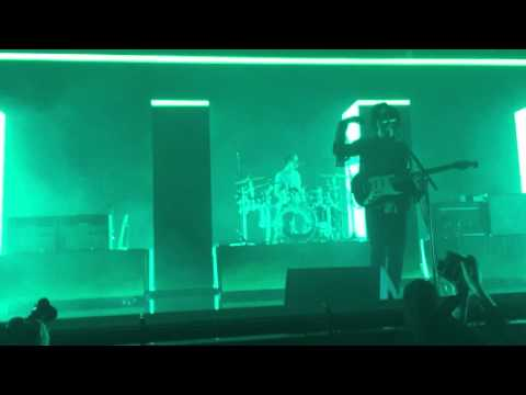 The 1975 - Heart Out (Live in Vancouver)