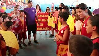 GS Nusaybin Basketbol hocası kanseri yendi, öğrencileri karşılama töreni düzenledi