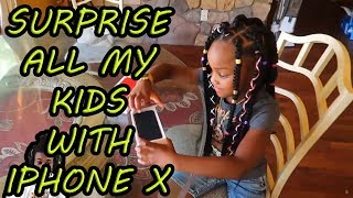 CJ SO COOL SURPRISE ALL HIS KIDS WITH IPHONE AND ROBLOX