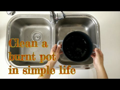 Clean a burnt pot in simple life