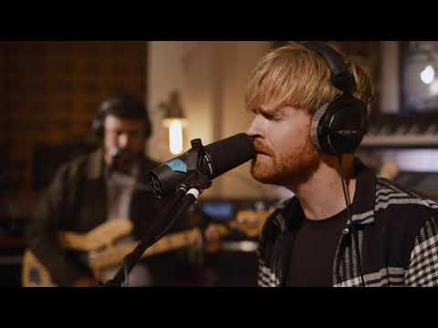 Kodaline - 'Everyone Changes' ft.Gabrielle Aplin - One Day At A Time Sessions