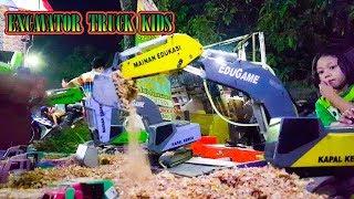 Mainan anak mobil Truck Kids  💖 Bermain Excavator di pasar malam