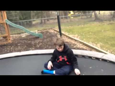 games to play on the trampoline by yourself