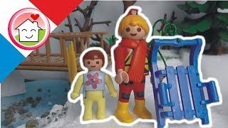 Playmobil en français Faire de la luge La famille Hauser / film pour enfants