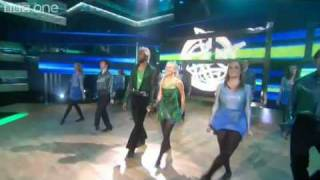 Lisa Maxwell and Patrick Robinson perform Riverdance - Let's Dance for Comic Relief - BBC One
