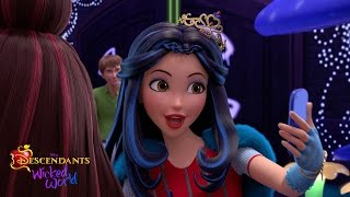 Episode 16: The Night is Young | Descendants: Wicked World