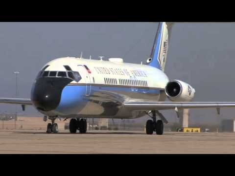 Castle Receives A VC-9 Air Force One