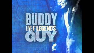 Buddy Guy - Damn Right I Got The Blues (Live at Legends)