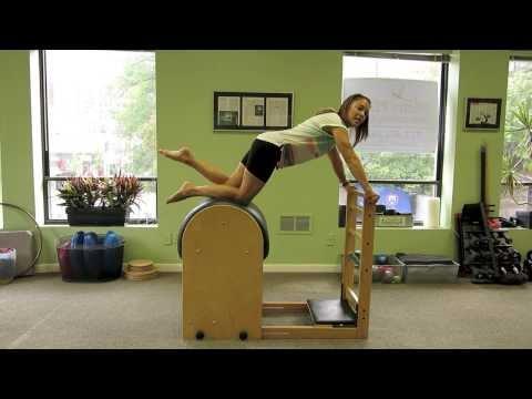 Exercícios de Pilates no Ladder Barrel