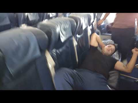 How People Sleep In Flights | Ukrainian International Airlines (UIA)