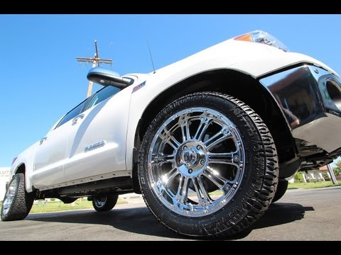 XD Series Hoss Chrome Rims on a 2013 Toyota Tundra