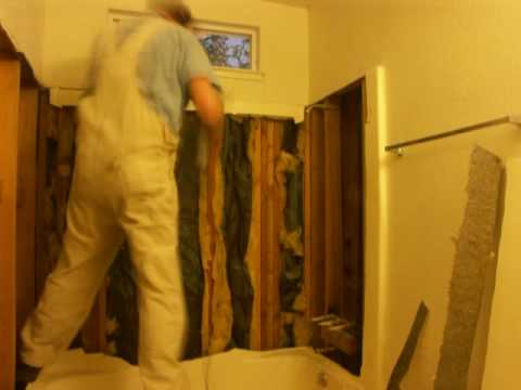 One piece tub & tub surround demolition. - YouTube