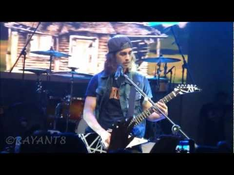 Pierce the Veil Live in Manila - I'm Low on Gas & You need a jacket