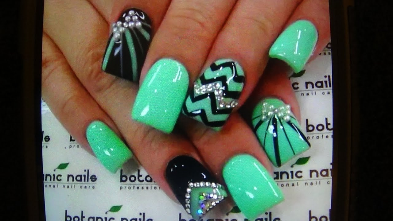 What\'s on my Nails for 2 Days Re*Creation? NEON MINT & BLACK - YouTube