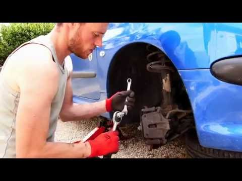 Peugeot 206 stabilizer/sway bar link replacement