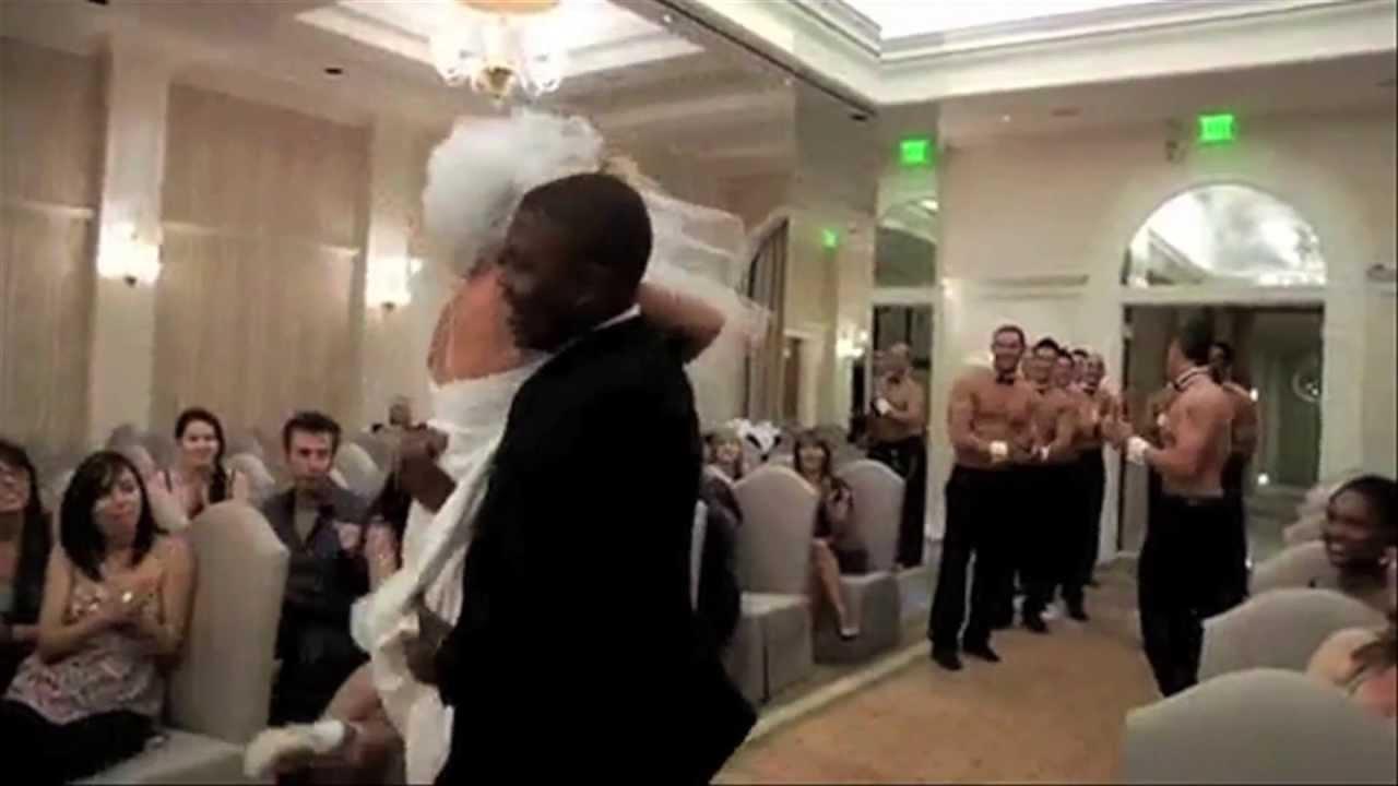 12 SURPRISE WEDDING DANCES THAT NOBODY SAW COMING
