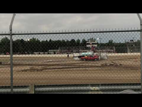 Silver Bullet Speedway. - dirt track racing video image