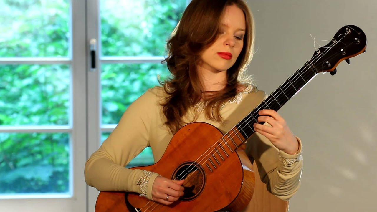 Tatyana Ryzhkova performs M. Giuliani on Hauser I Guitar (1916)