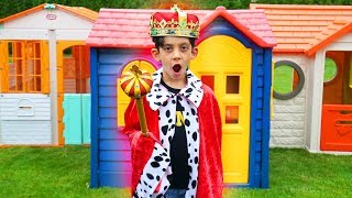 Jason Dress Up Prince and Play with Toys