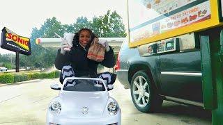 getlinkyoutube.com-Bad Baby Driving Power Wheels - Sonic Drive Thru Prank! Shasha And Shiloh Fast Food - Onyx Kids