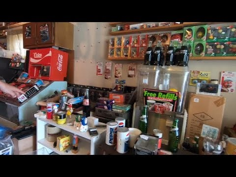 Garage Sale Video That Turned Out To Be A Retiring Pickers Hoard Sale & A Few Great EBay Yard Sales