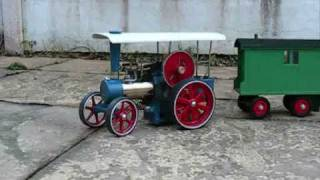 Wilesco D405 Traction Engine In The Garden