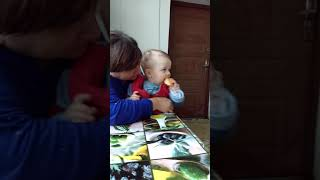 видео Як навчити дитину говорити
