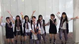 Little Glee Monster ストリートライヴ Oh Happy Day 左から YUKA SERIN...