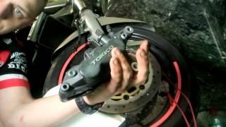 Ревизия и чистка тормозного суппорта мотоцикла Suzuki Bandit GSF 1200/ Brake calipers rebuild